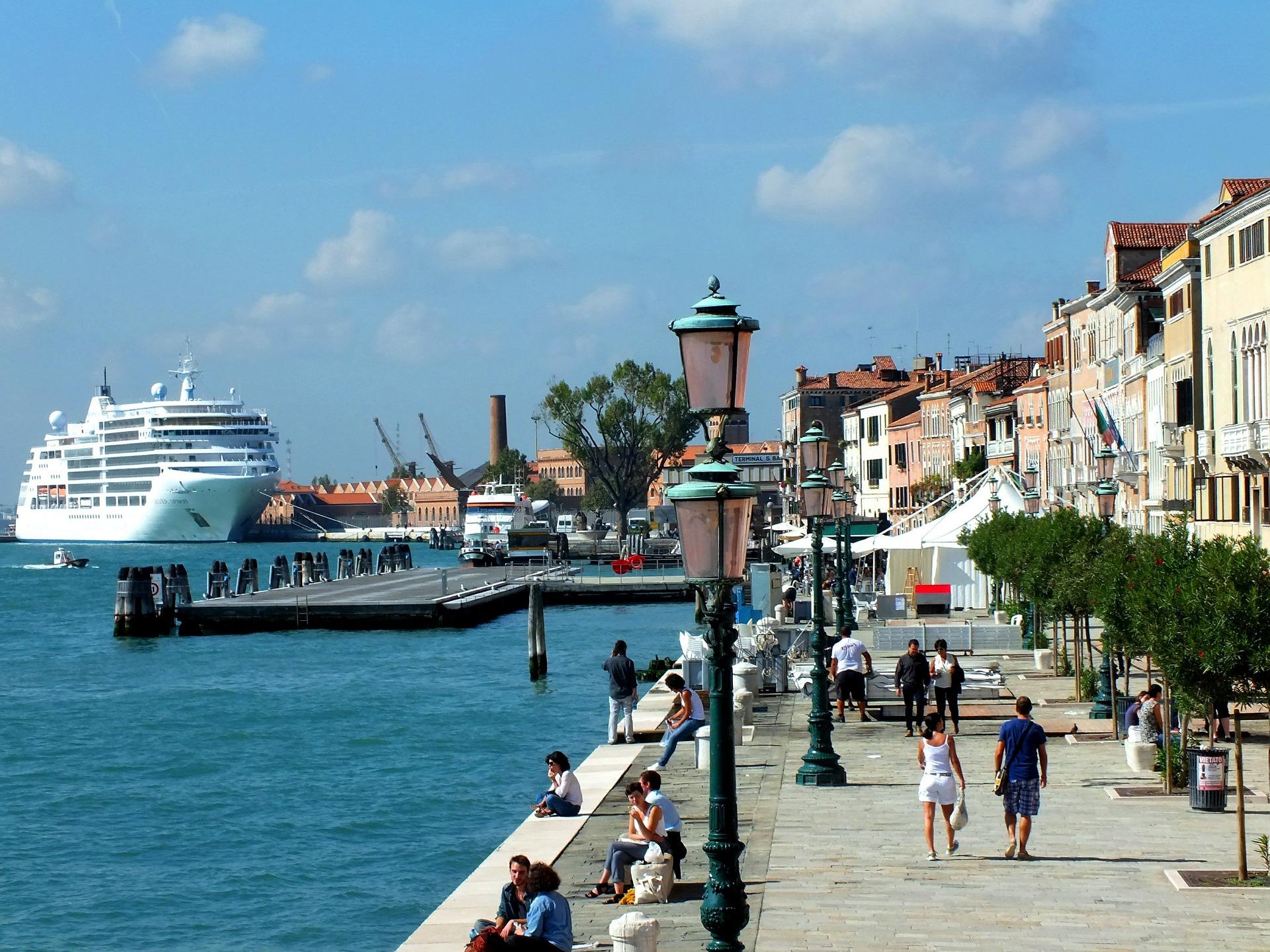Crociera-MSC-Meraviglia-dal-11-giugno-al-17-giugno-partenza-da-Genova